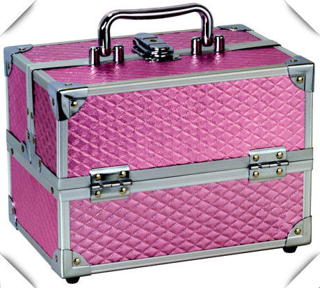 Pink Aluminum Beauty Case , Portable Aluminum Cosmetic Display Case